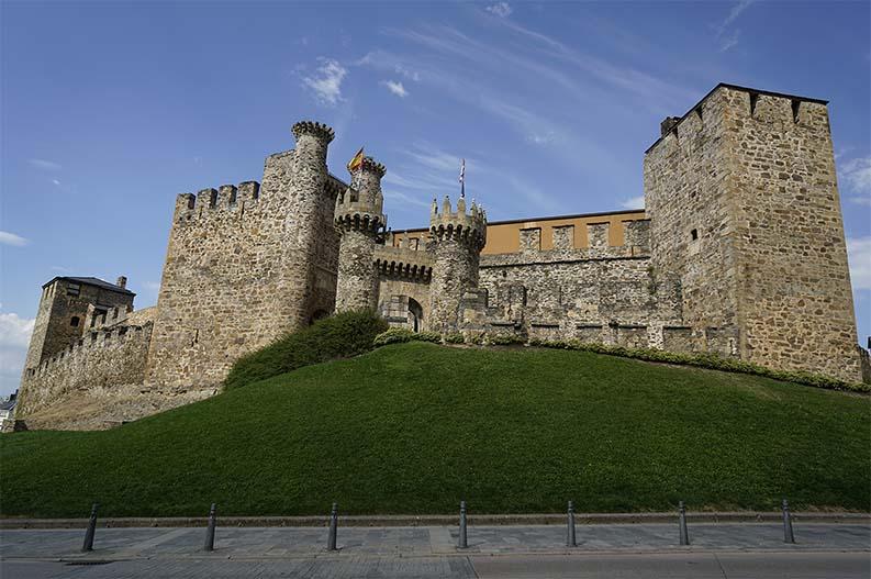 Castillo del Temple. Ponferrada. Villas historicas de Leon