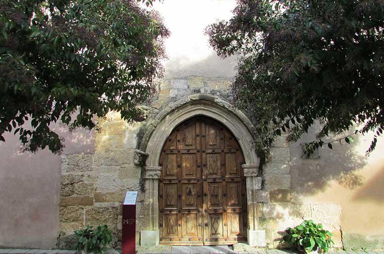 Iglesia de Santa Maria. Mansilla de las Mulas. Villas historicas de Leon