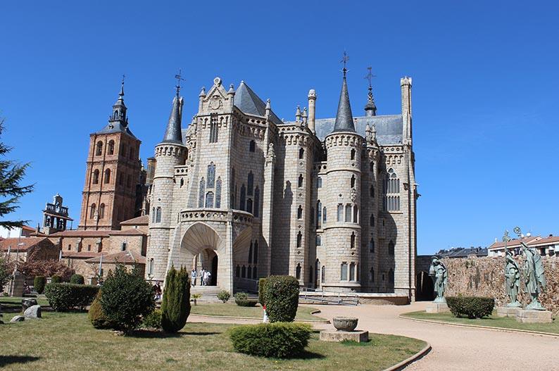 Palacio Episcopal. Astorga. Villas historicas de Leon